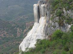 Hierve el Agua by <b>Natalya Lawrence_AntiguaBreeze</b> ( a Panoramio image )