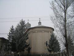 """Sfantul Gheorghe"" Church by <b>Endimion</b> ( a Panoramio image )"