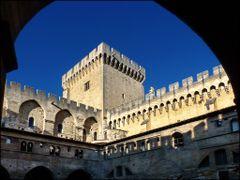 le palais des papes by <b>patano</b> ( a Panoramio image )
