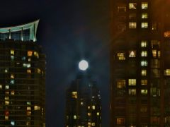 Moon over Mississauga (Toronto) by <b>Cornleo</b> ( a Panoramio image )