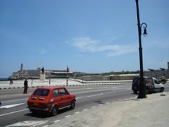 Caros y Malecon 2 by <b>loooquito</b> ( a Panoramio image )