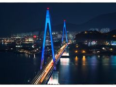 Dolsan bridge  by <b>ssSUH</b> ( a Panoramio image )