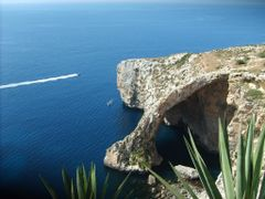 Bleu Grotto, Malta by <b>Valery VALAZ</b> ( a Panoramio image )