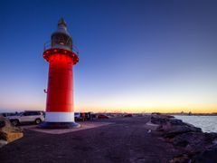 The Red Lighthouse - North Mole by <b>S?ren Terp</b> ( a Panoramio image )