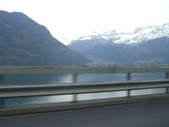 Vierwaldstattersee, Zwitserland (Trudi) by <b>Trudi</b> ( a Panoramio image )