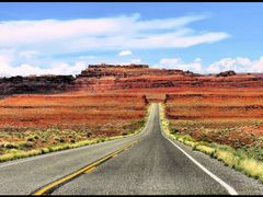 On the road US 163 Utah, near Mexican Hat  by <b>leo1383</b> ( a Panoramio image )