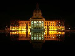 Alberta Legislature Building - Edmonton, AB - Canada by <b>Leandro Pires</b> ( a Panoramio image )