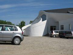 Rudolf Steiner School (Audonicon) by <b>-HARMONSA-</b> ( a Panoramio image )