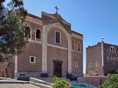 """Chiesa di Santa Maria dell""""Alto e Castello Normanno. Paterno, Ca by <b>Nicola e Pina in Sicilia</b> ( a Panoramio image )"""