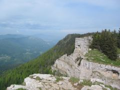 Creux du Van by <b>wuethrich55</b> ( a Panoramio image )