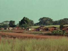 Village in CAR (1989) by <b>SixtusDahastus</b> ( a Panoramio image )