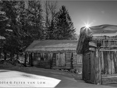 Cabin [PvL] by <b>Peter van Lom</b> ( a Panoramio image )