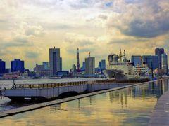 Harumi pier park by <b>kazkun</b> ( a Panoramio image )