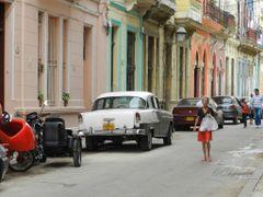 """Calle tipica de La Habana Vieja"" by <b>©Chaydee</b> ( a Panoramio image )"