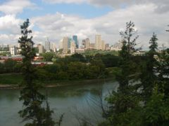 Skyline Edmonton by <b>Reiner Borchers</b> ( a Panoramio image )