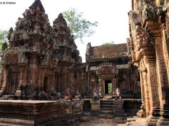 Prasat Banteay Srei by <b>Sandro & Cristina</b> ( a Panoramio image )