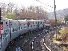Tamil Nadu Express  by <b>omshakti</b> ( a Panoramio image )