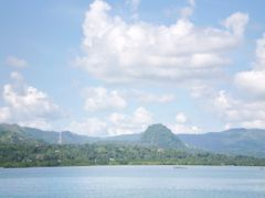 """Ilihan Hill """"Watery Breast"""" (SE, May 2008) by <b>Ronnie Muring</b> ( a Panoramio image )"""