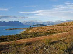 0701 Eastern side of Lake Tekapo by <b>Daniel Meyer</b> ( a Panoramio image )