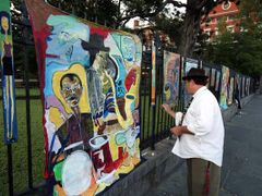 Jackson Square Artist at Work by <b>scenicplaces.com</b> ( a Panoramio image )