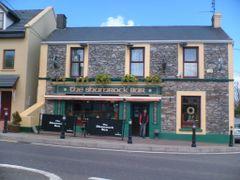 The Shamrock Bar by <b>Alan L.</b> ( a Panoramio image )
