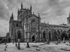 Dunfermline Abbey by <b>Joe Son of the Rock</b> ( a Panoramio image )