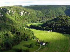 Donautal-Panorama Eichfelsen by <b>digipic | Long live Panoramio!</b> ( a Panoramio image )