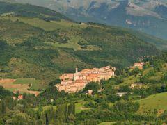 Preci (PG) by <b>ita26b</b> ( a Panoramio image )