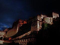 Norbu Lingka,,Summer Palace,, by <b>Henu1</b> ( a Panoramio image )
