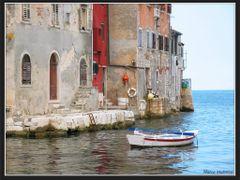 vecchie case e una barca by <b>Marco Malvezzi</b> ( a Panoramio image )