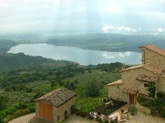 Il Lago di Corbara da Civitella del Lago by <b>Alberto Gagliardi</b> ( a Panoramio image )