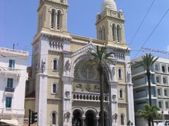 Cathedral, Tunis by <b>LiborM.net</b> ( a Panoramio image )