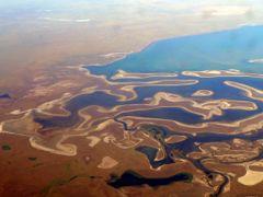 Lake Tengiz, East Shores by <b>DXT 1</b> ( a Panoramio image )