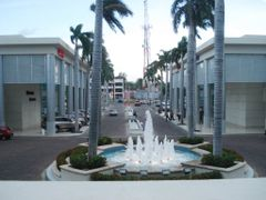 Plaza Torre BAC by <b>Melvin J. Somarriba R.</b> ( a Panoramio image )