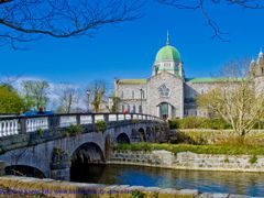 Galway Cathedral by <b>kamil krawczak</b> ( a Panoramio image )