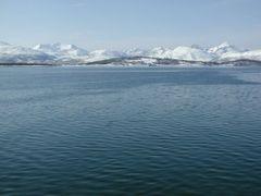 Kval?ya in winter by <b>Sergei Korsun</b> ( a Panoramio image )