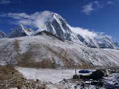 Gorak Shep village (5160m) with Kala Pattar & Pumori by <b>andreisss</b> ( a Panoramio image )