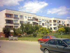 Jilishten blok na centara na kvartal Kolyo Ganchev - Edinstven! by <b>[Y]roussy.dir.bg®</b> ( a Panoramio image )