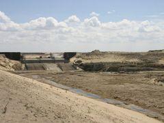 Строительство ГЭС на Сырдарье by <b>Eugen Belayev</b> ( a Panoramio image )