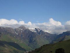 Pum, Aktash Pass (Pum-Abshir), view to Abshir (SE), Abshir pass  by <b>igor_alay</b> ( a Panoramio image )