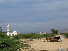 Nomad tent and mosque by <b>Stefan_G.</b> ( a Panoramio image )