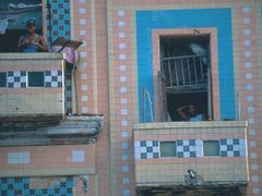 Windows - Malecon by <b>@mabut</b> ( a Panoramio image )