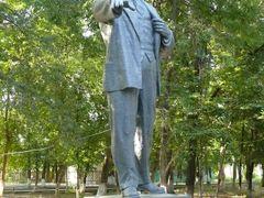 Lenin v Shymkente by <b>mathias.b</b> ( a Panoramio image )