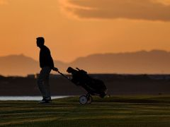 Golf in Night by <b>Marius Edvardsson</b> ( a Panoramio image )