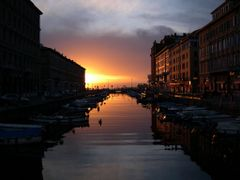 Canale, piazza Ponte Rosso al tramonto by <b>Eric Medvet</b> ( a Panoramio image )