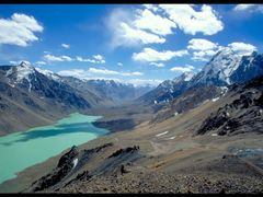 Upper Khavrazdara valley by <b>hausibek</b> ( a Panoramio image )