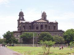 La Vieja Catedral de Managua by <b>Alberto Illarramendi</b> ( a Panoramio image )