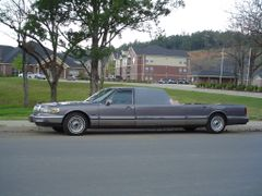 Limousine Hoopty by <b>Trent Dowler</b> ( a Panoramio image )