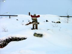 Inukshuk at Explorer Hotel by <b>Chris Spearman</b> ( a Panoramio image )