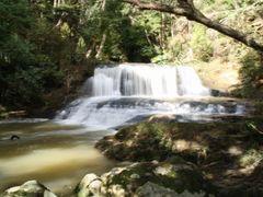 Omeru falls by <b>LeonGoesKiwi</b> ( a Panoramio image )